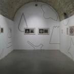 Dessin Mural N°4 (6)-27.98 x 3.96 m, pierre noire sur mur, FRAC Limousin, 2016, pour l'exposition les Mécaniques du dessin
