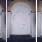 Dessin mural N° 4 (1) pierre noire sur mur, chapelle ST Pierre des Carmes 2003